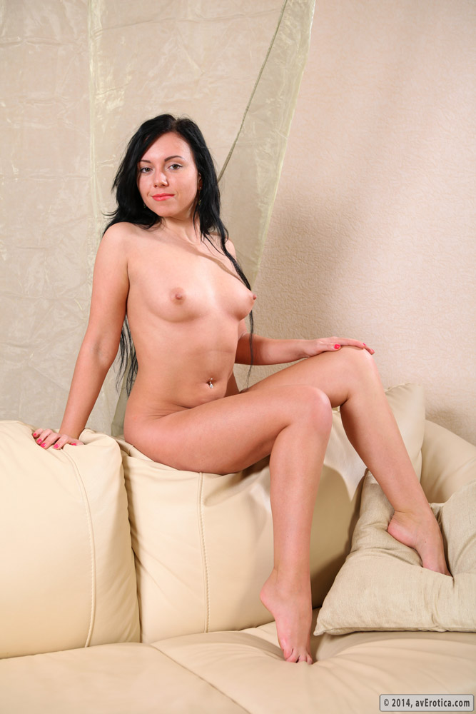 Provocative and desirous Luiza on the couch giving access to her pussy and ass